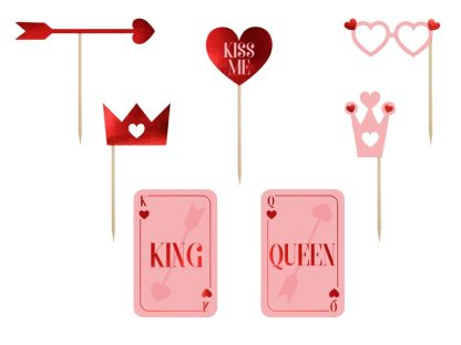 73534_8_Props_On_A_Stick_Valentines_Photo_Booth_7s_1.jpg